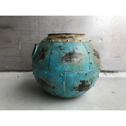 Iron pot +/- 35x35cm turquois