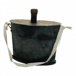 Iron bottle flask old H20 t/m 25cm